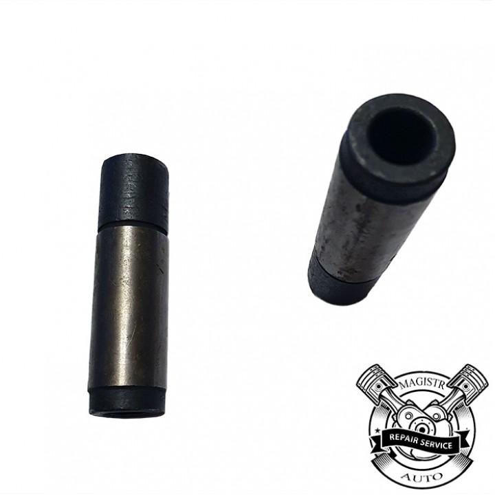 Втулка клапана впускного направляющая ЗИЛ 130-1007032